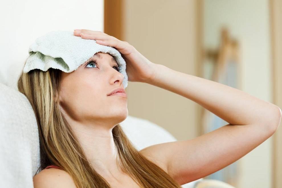 خنک کردن پیشانی برای کاهش درد